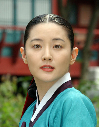 【美しいが過ぎる!】年齢に見えない40代 韓国女優