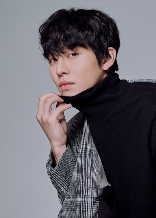 俳優 人気 ランキング 韓国